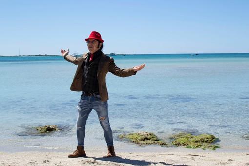 'Mister Pipoli' riparte alla grande! E' uscito il suo nuovo videoclip musicale 'Acqua e Fuoco' (VIDEO)