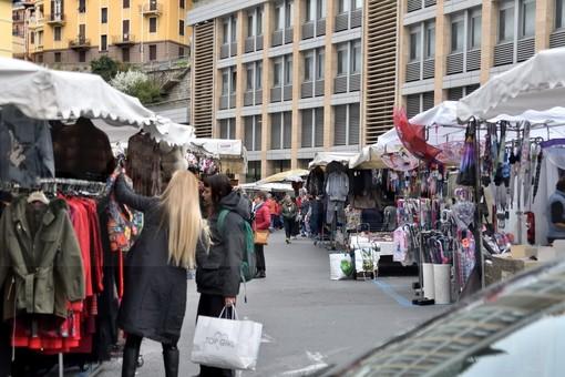 Il mercato di Piazza Eroi