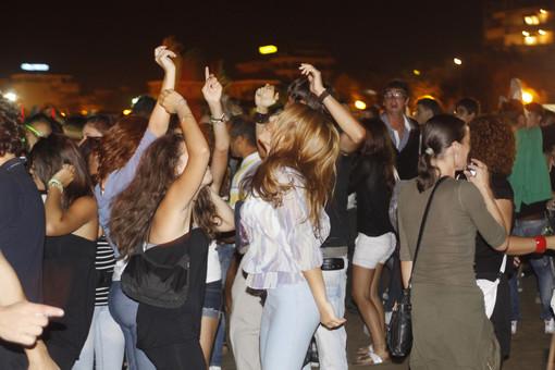 Ordinanza del Sindaco: anche a Bordighera stop ai drink in piedi, divieto dalle 22 alle 7 fino al 30 settembre