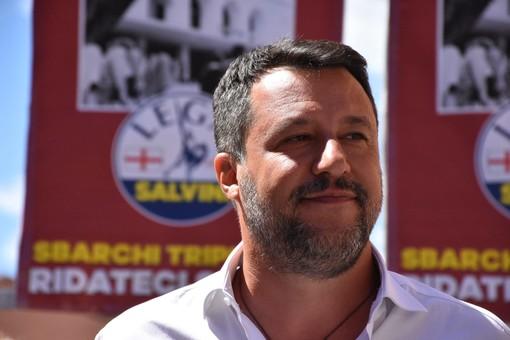 """Matteo Salvini a Ventimiglia: """"Possono mandarmi a processo anche 100 volte ma io per voi non mollerò mai"""""""