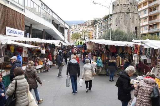 Il mercato di piazza Eroi dello scorso 29 febbraio
