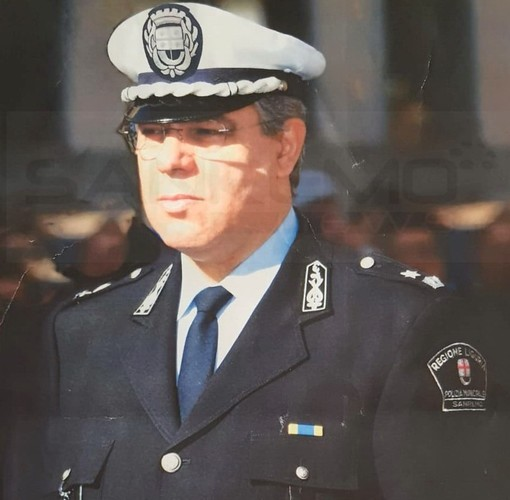 Sanremo: è andato in pensione Massimiliano Settime, per 39 anni in forza alla Polizia Municipale