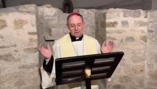 """""""Lectio Divina"""", approfondimento del settimo comandamento con Monsignor Suetta"""