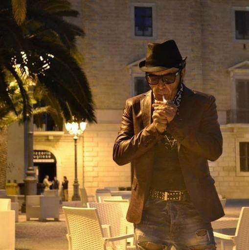 Domenica, l'artista monopolitano Mister Pipoli girerà per la prima volta a Sanremo un video clip sull'amicizia dove è richiesta la presenza di giovani comparse