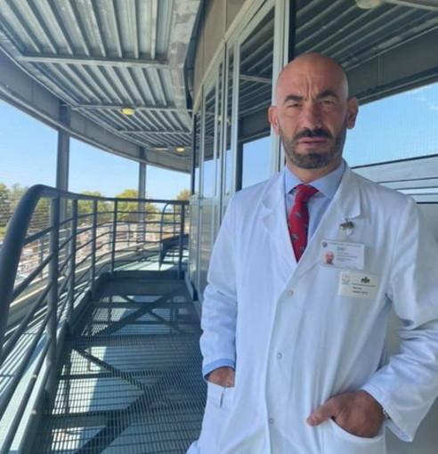 """Coronavirus: Bassetti """"Nelle ultime 24 ore tre pazienti al San Martino di cui due gravi, tutti non vaccinati"""""""