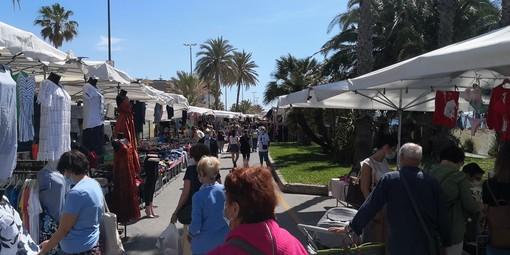 Sanremo: lunedì prossimo incontro tra i commercianti del mercato e l'Amministrazione per parlare dell'8 agosto
