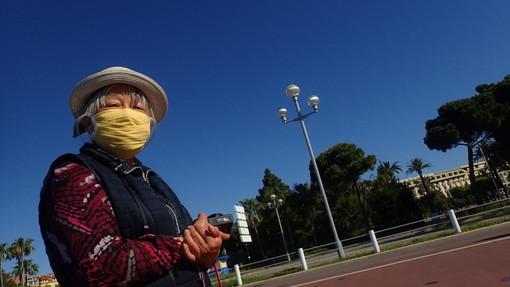 Nizza: da oggi solo con la mascherina, il Sindaco ha firmato l'ordinanza che la rende obbligatoria