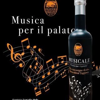 """Arriva in tavola """"Musicale"""", l'olio dedicato ai 70 anni del Festival della Canzone."""
