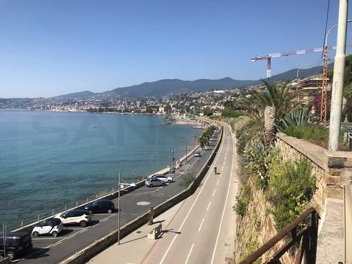 Sanremo: sulla pista ciclabile tornano le colonnine di sicurezza, in arrivo anche una sessantina di telecamere in HD. C'è l'ok della Giunta