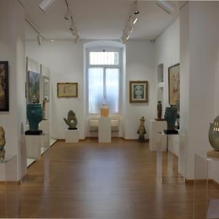 Sanremo: 'Sculture Ceramiche', mostra  personale di Tonino Negri alla galleria d'arte 'La Mongolfiera' fino al 18 luglio (Foto)