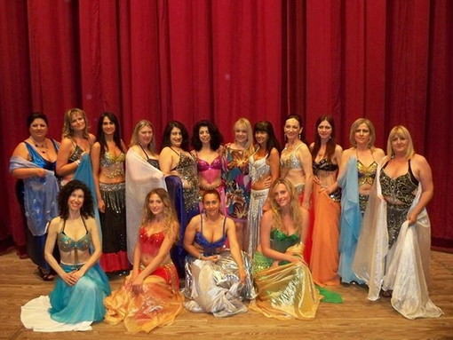 Arriva l'estate, inizia la tournèe danzante del gruppo di Nadija's Oriental Dancers®