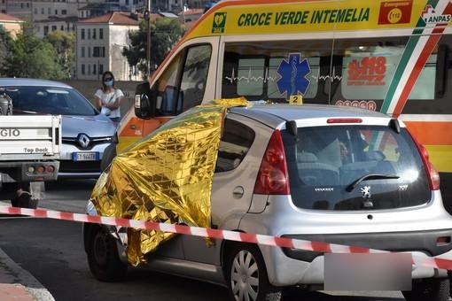 L'auto sulla quale è stata freddata Sharon Micheletti
