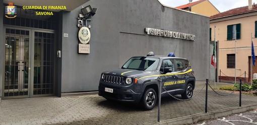 Truffe per oltre 1,3 milioni di euro a istituti di credito del ponente ligure: sette denunce della Guardia di Finanza