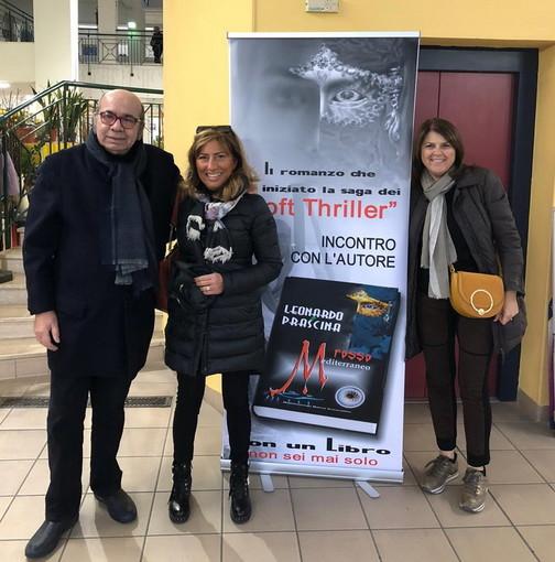 Bordighera: grande successo per l'appuntamento di oggi pomeriggio con 'Olio & Vino' al Mercato Coperto (Foto)
