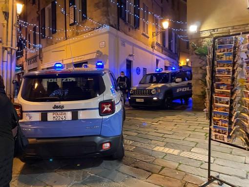 Sanremo: in giro senza mascherina e contro i ristoranti che fanno servizio mensa, multato dalla Municipale