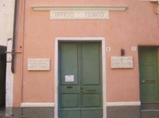 Quel palazzo di Bordighera Alta: con Giancarlo Pignatta un po' di storia sull'edificio pubblico dell'antica 'Burdigheta'