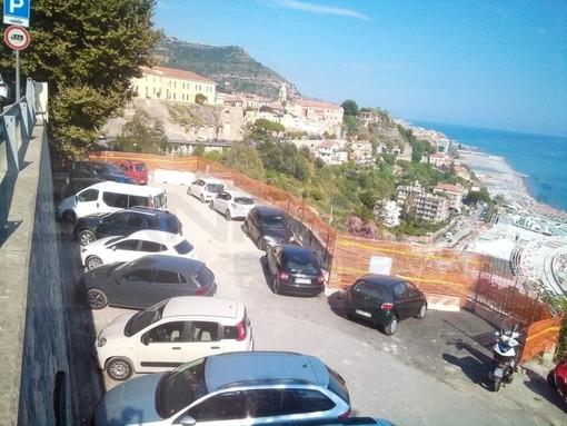 Ventimiglia: aperto da ieri il parcheggio del 'Funtanin', 15 posti auto in più a ridosso di 'Porta Nizza' (Foto)