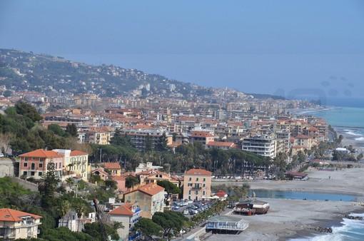 Ventimiglia: per il progetto 'Vado in centro', oltre 750 utenti usufruiscono del bus gratuito