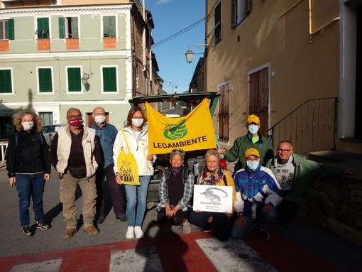 Pompeiana: in tanto oggi per 'Puliamo il Mondo', pulita la zona tra il Sic e sulla strada verso Cipressa