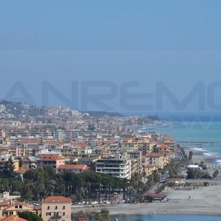 Ventimiglia: un cittadino ringrazia il consigliere Francesco Mauro per il plauso alle forze dell'ordine