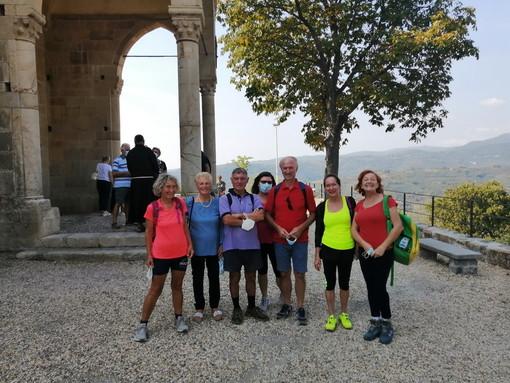 Imperia: mercoledì scorso tra gli ulivi e i boschi delle valli la passeggiata tra Villa Guardia e Montegrazie