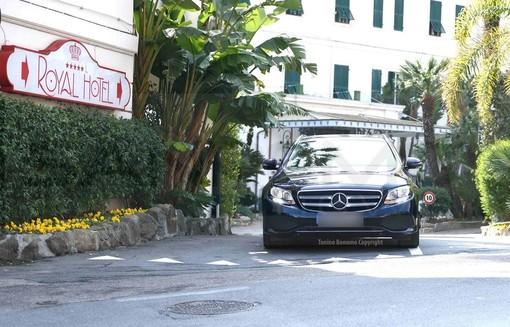 Le immagini di Sanremo e delle vetture Mercedes nel magazine dell'azienda tedesca in tutto il Mondo
