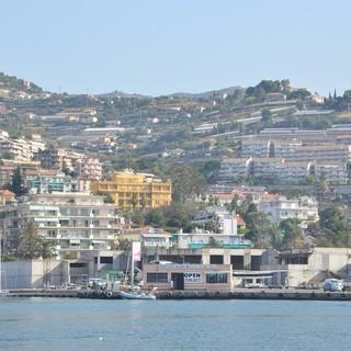 Sanremo: clochard si introduce in uno yacht a Portosole, viene identificato dagli agenti del Commissariato