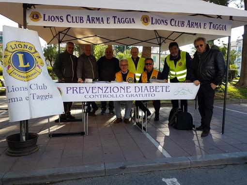 Arma di Taggia: i Lions e la Croce Verde ieri a disposizione per la prevenzione del diabete (Foto)