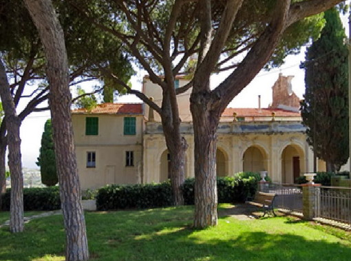 Sanremo: pino marittimo a grave rischio crollo nella pineta di Poggio, emessa ordinanza di abbattimento