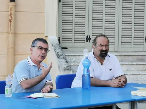Sanremo: ieri a Villa Magnolie con gli 'Amici del Cassini' la presentazione del libro di Alessandro De Roma