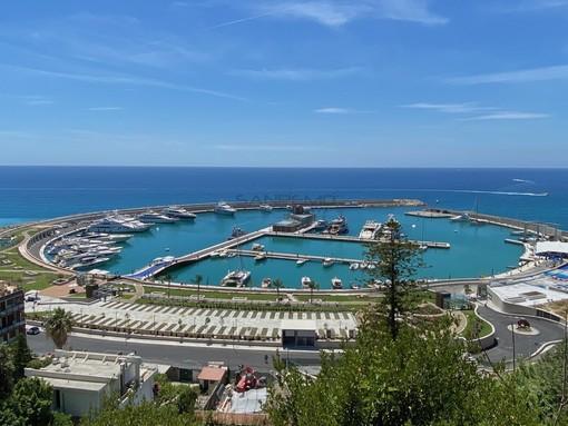 Ventimiglia: nuovo porto turistico, un lettore plaude all'opera ma solleva dubbi su quello che succede in città