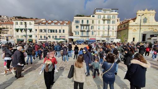 Anche la 'Sinistra culturale' di Sanremo sostiene la protesta in piazza per la riapertura delle scuole