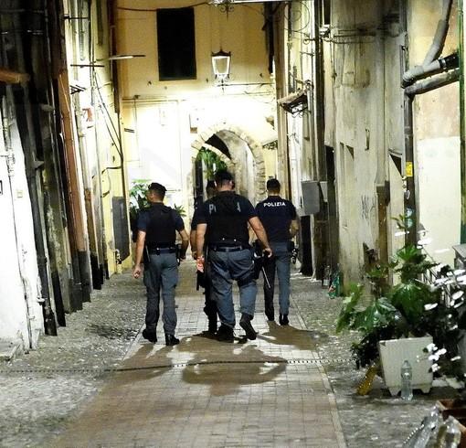 Sanremo: durante controlli straordinari del territorio del Commissariato, identificate 147 persone e controllati 43 veicoli