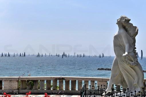 Sanremo: lo spettacolo delle vele di fronte alla costa per la partenza della 68ª edizione della 'Giraglia' (Foto)