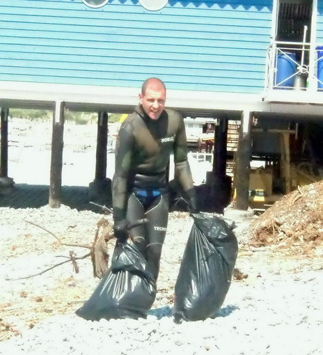 Ventimiglia: grande successo per la pulizia dei fondali a cura di 'PescApnea'