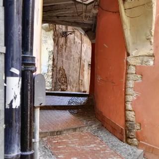 Sanremo: i problemi del centro storico nella disamina del Prof. D'Orsi, un nostro lettore di Milano