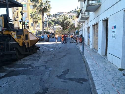 Diano Marina: terminati i lavori di riasfaltatura in viale Torino, necessari a seguito delle numerose rotture dell'acquedotto (Foto)