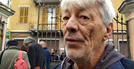 """Imperia: lancio di uova e carta igienica contro Matteo Salvini, uno degli imputati """"Siamo di fronte a un fascismo 'scoreggione'"""" (video)"""