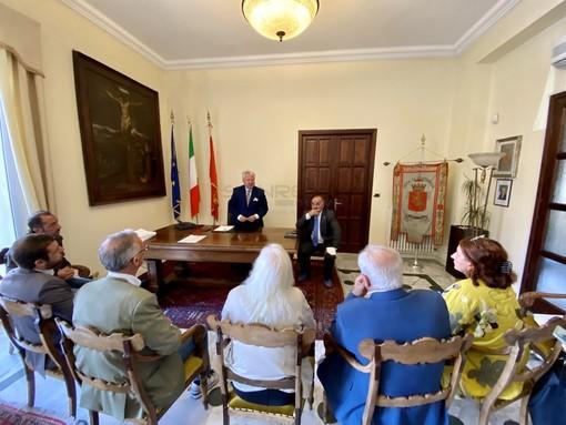Le immagini della riunione in Comune a Ventimiglia