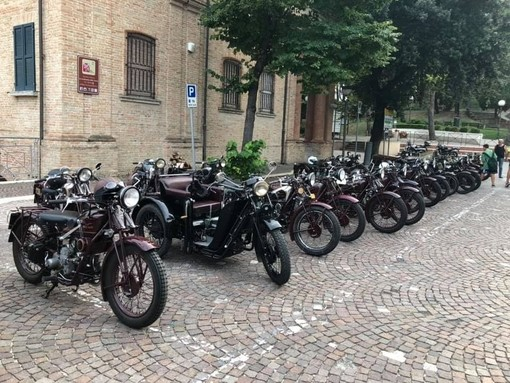 Sanremo: torna domenica prossima il 5° Raduno Mondiale delle Sport 15 Moto Guzzi