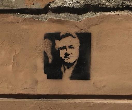 Lo stencil in via Veneto angolo via Chiappori