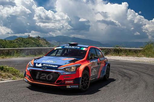 Umberto Scandola e il sanremese Guido D'Amore al via della 67° edizione del Rallye di Sanremo con la Hyundai i20 R5