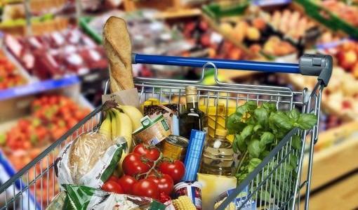 """A Ventimiglia un """"Cash Mob"""" etico per promuovere il consumo responsabile"""