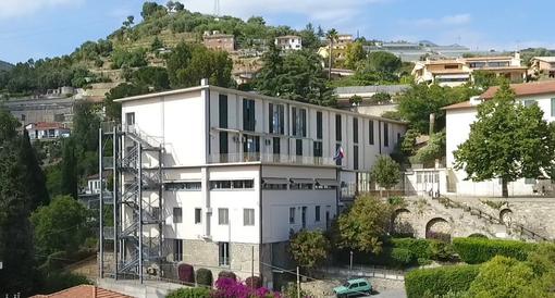 """Sanremo: affidati i lavori per la rimozione di materiali contenenti amianto dalla scuola primaria """"Rubino"""""""