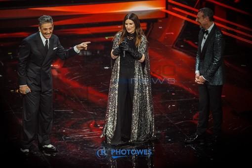 Laura Pausini sul palco dell'ultimo Festival di Sanremo