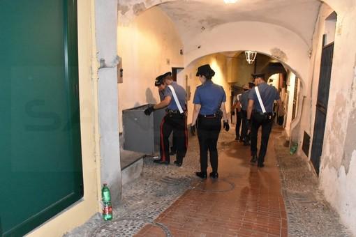 Sanremo: spaccio di droga nella Pigna, due arresti dei Carabinieri. Segnalati anche 6 assuntori