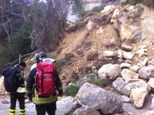 Ventimiglia: si perde tra i boschi di Mortola Superiore, uomo recuperato dai Vigili del Fuoco