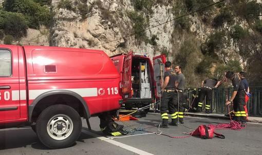 Rocchetta Nervina: 61enne di Sanremo finisce in un dirupo sulla strada verso i 'laghetti', mobilitazione di soccorsi in atto