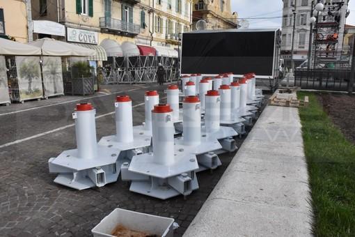 Sanremo: nuovi sistemi antiterrorismo per il palco di piazza Colombo, possono bloccare anche un Tir lanciato a 70 chilometri orari (Video)