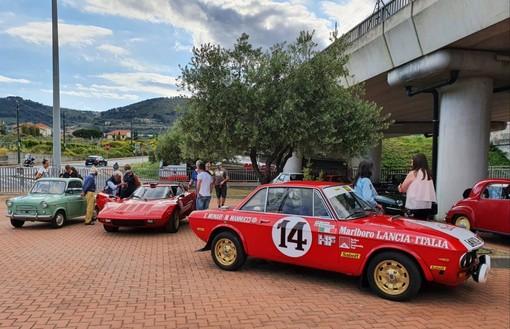 Taggia: notevole successo di pubblico per la 1ª Esposizione e Sfilata di Auto e Moto storiche (foto)